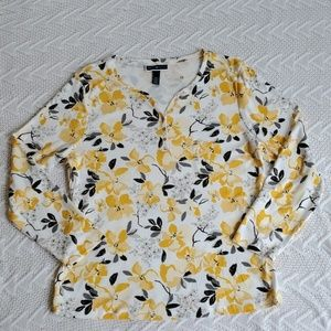 NWOT Karen Scott L/S Shirt